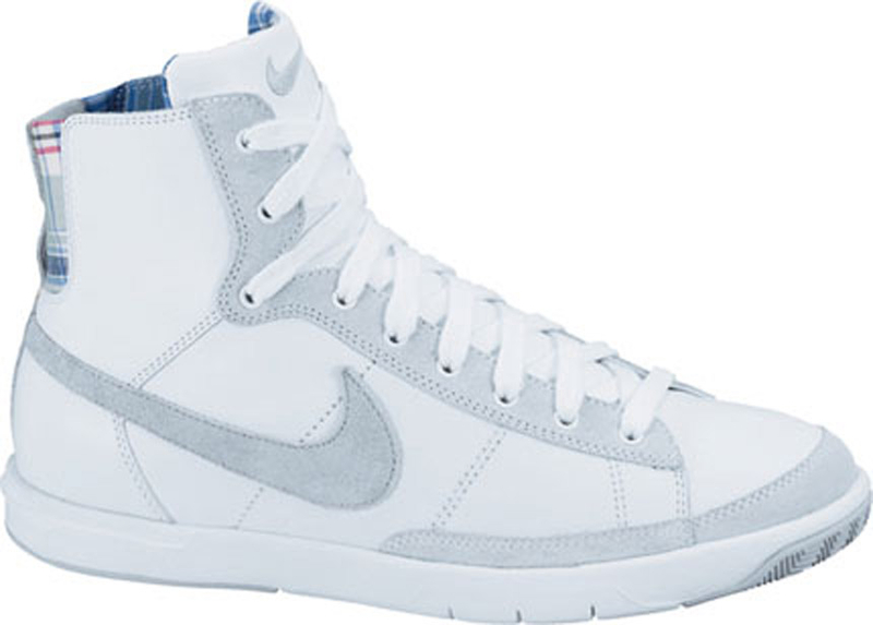 chaussure nike montante femme