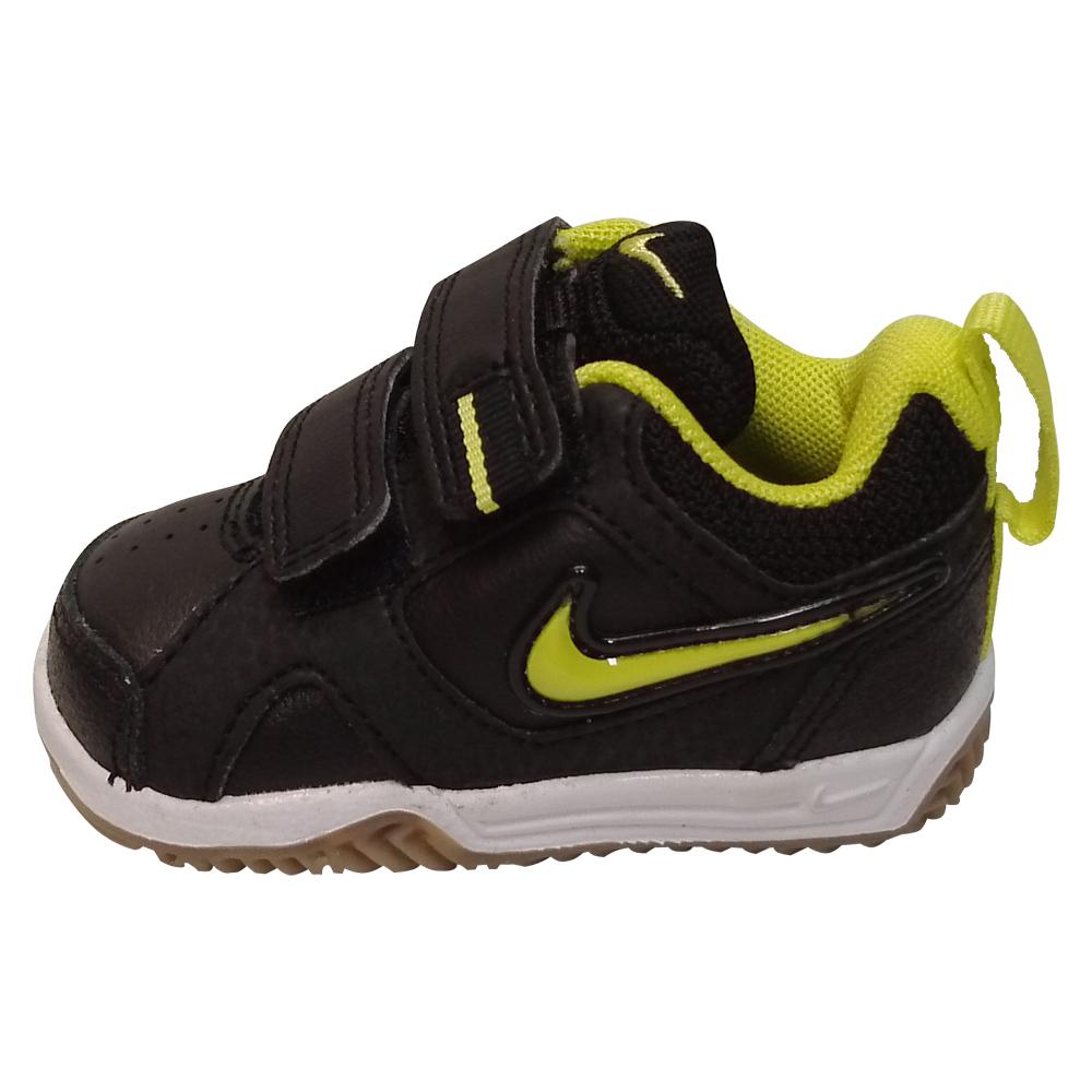 chaussure nike lykin ii pour tr s petit gar on sport flash plus. Black Bedroom Furniture Sets. Home Design Ideas