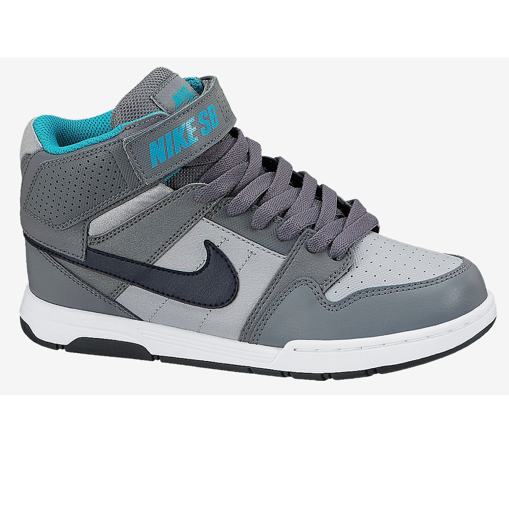chaussure garcons nike 25